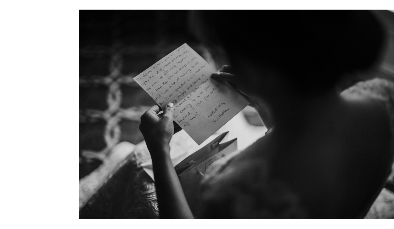Williamsburg Brooklyn Wedding Photographer, Brooklyn Wedding Photographer, Williamsburg Wedding Photographer, Williamsburg Wedding Photography, Brooklyn Wedding Photography, Williamsburg Brooklyn Wedding, Brooklyn Wedding, Aurora Brooklyn Wedding, 501 Union Wedding, Wythe Hotel Wedding, Liberty Warehouse Wedding, Creative Wedding Photography, BOHO Wedding Inspiration, Long Island Wedding, Hipster Wedding, NYC Wedding, Creative Wedding Photography, Black and White, Wedding Moments, Bride Card Reading